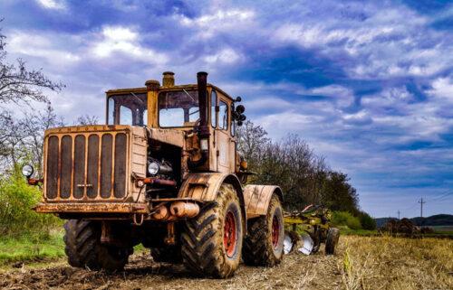История тракторной техники